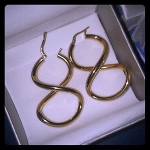 Stunning gold filled infinity earrings